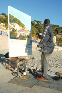 Omar painting the light at the beach of Nice Copyright by Anny Langer